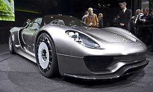 Español: Porsche 918 Spyder en el Salón de Gin...