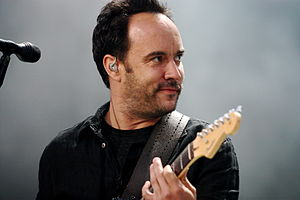 English: Dave Matthews performing with the Dav...