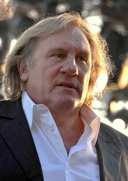 https://i1.wp.com/upload.wikimedia.org/wikipedia/commons/thumb/9/9f/G%C3%A9rard_Depardieu_Cannes_2010.jpg/424px-G%C3%A9rard_Depardieu_Cannes_2010.jpg