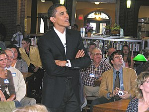 English: U.S. Sen. Barack Obama campaigns in O...