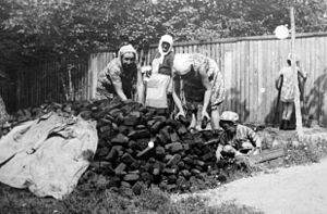 Harvesting of peat for the winter, Borzna, 197...