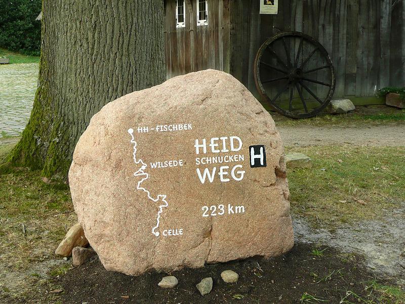 Heidschnuckenweg Stein in Wilsede