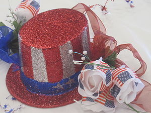 I took photo on July 4, 2010, of table arrange...