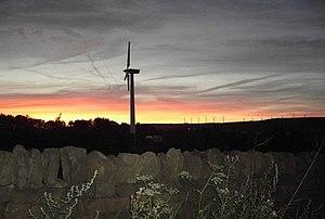 English: Wind Turbine Sunset. View of wind tur...