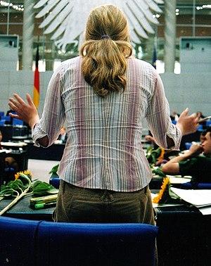 Deutsch: Zwischenfrage während einer Debatte i...