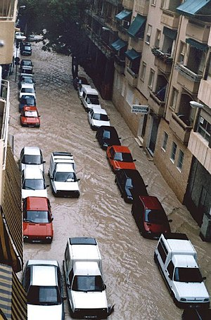 Autumn Mediterranean flooding in Alicante (Spa...