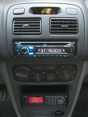 Sony Xplod MEX-BT2500 stereo head unit install...