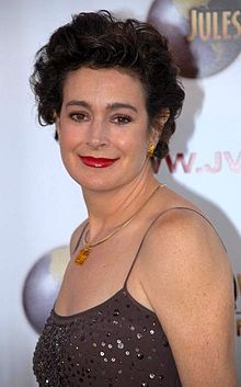 https://i1.wp.com/upload.wikimedia.org/wikipedia/commons/thumb/a/a1/Sean_Young_LF.JPG/220px-Sean_Young_LF.JPG