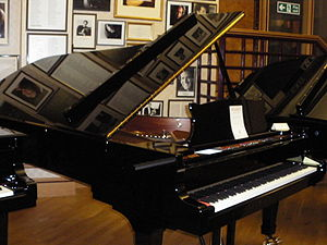 Steinway concert grand piano, model D-274