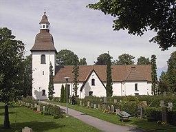 Östra Eneby kyrka 2007.jpg