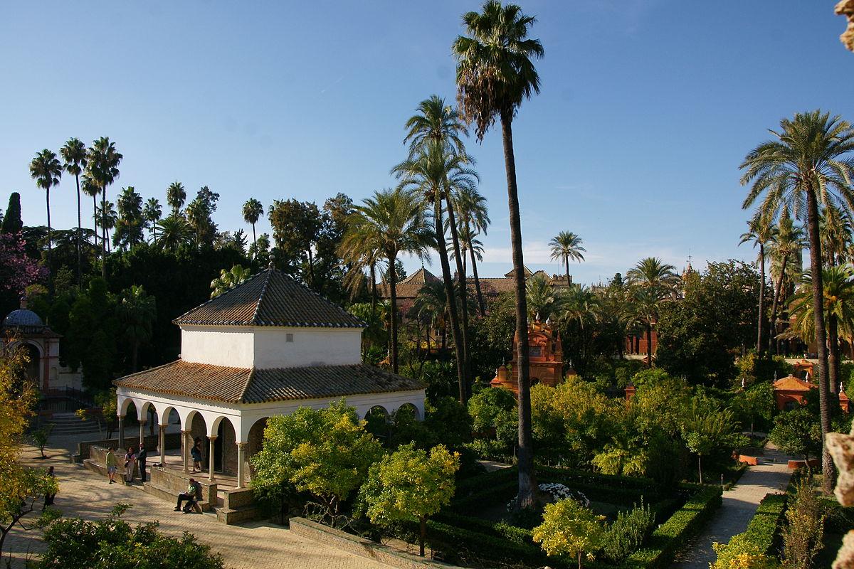 Alcazar gardens.jpg