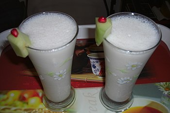 English: Fat-free lassi from Mumbai