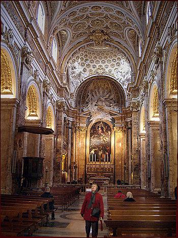 English: Interior of Church San Luigi dei Fran...