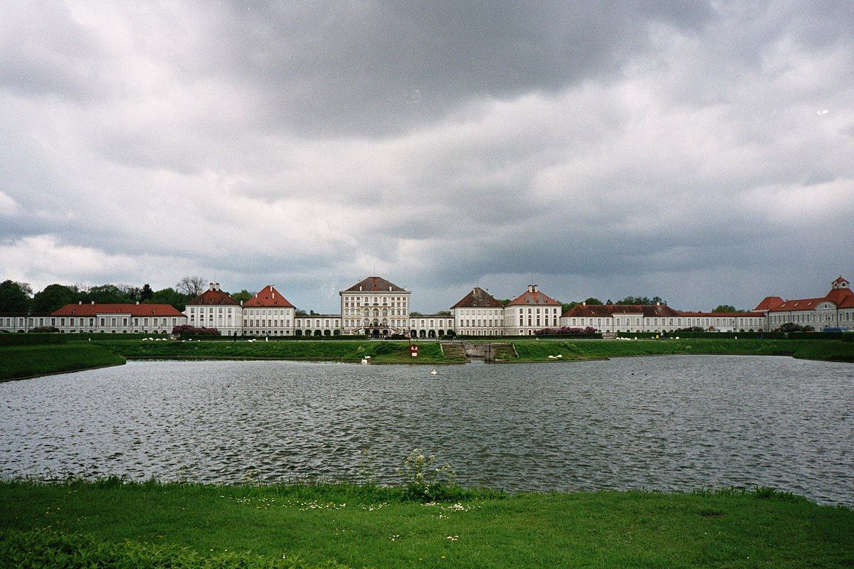 Schloss Nymphenburg Wikimedia Commons
