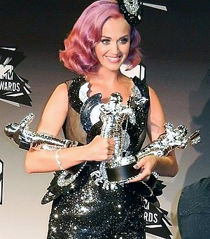 English: Katy Perry at MTV Video Music Awards ...