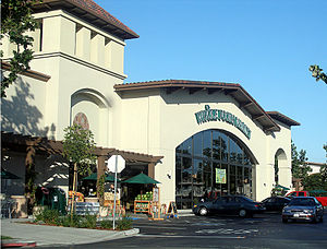English: A typical Whole Foods Market grocery,...