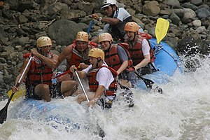 English: White Water Rafting close to Jaco Bea...