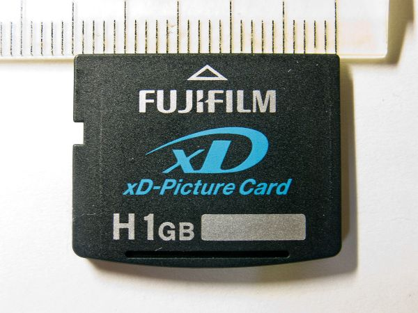 xDピクチャーカード - Wikipedia