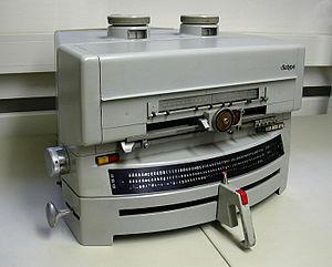 diatype photographic typesetting machine by H....
