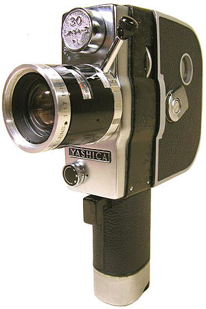 English: Silent Single 8 Movie Camera
