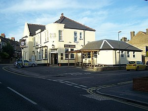 English: Cecil Arms Public House, Strood On ju...