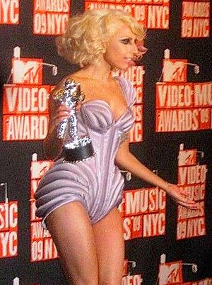 English: Lady Gaga at the 2009 MTV Video Music...