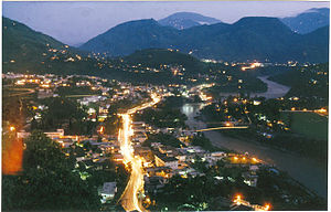 English: Muzaffarabad at night.