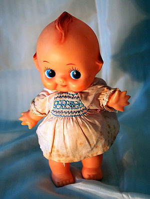 English: Kewpie doll.