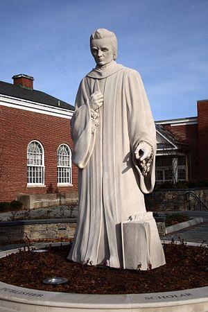 A statue of Noah Webster by Korczak Ziółkowski...
