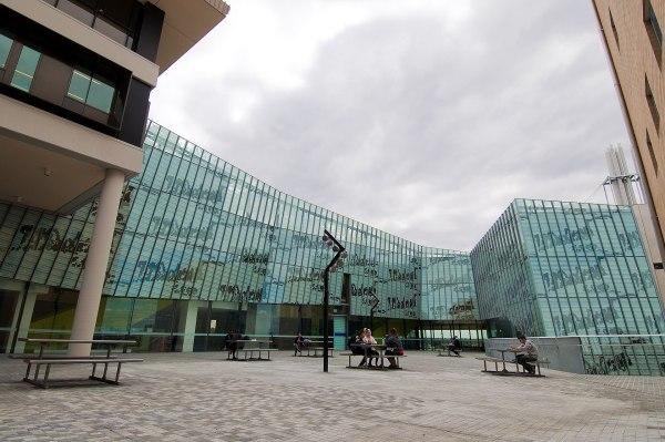 Victoria University, Australia - Wikipedia