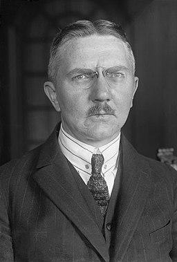 Bundesarchiv Bild 102-12733, Hjalmar Schacht