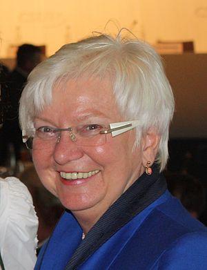 English: Gerda Hasselfeldt Deutsch: Gerda Hass...