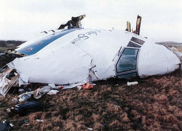 https://i1.wp.com/upload.wikimedia.org/wikipedia/commons/thumb/a/a9/Pan_Am_Flight_103._Crashed_Lockerbie%2C_Scotland%2C_21_December_1988.jpg/640px-Pan_Am_Flight_103._Crashed_Lockerbie%2C_Scotland%2C_21_December_1988.jpg