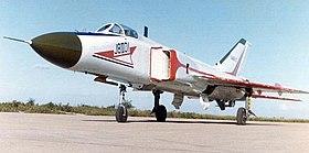Shenyang J-8 — Wikipédia