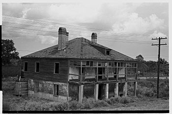 Abandoned plantation home, north of Destrehan,...