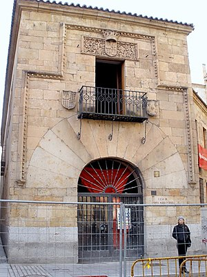 English: Casa de Doña María la Brava, en Salam...