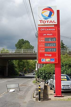 English: Fuel prices today What will this sign...