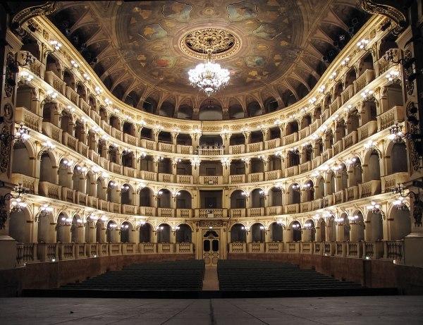 Teatro Comunale di Bologna - Wikipedia