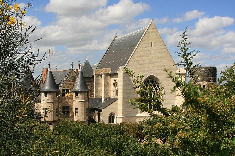 Angers - Chateau - Le chatelet, la chapelle et la tour du moulin - 20080921
