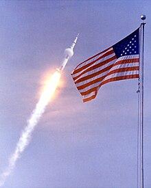 अपोलो ११ की उड़ान