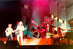English: Electric Light Orchestra in concert, ...