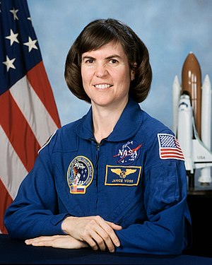portrait astronaut Janice Voss