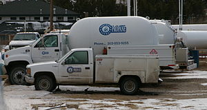 English: A normal residential propane delivery...