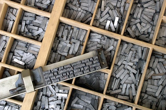 File:Metal movable type.jpg