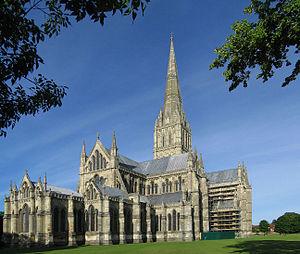 Vista exterior de la catedral.
