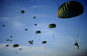 Soldiers with the 82nd Airborne Division desce...