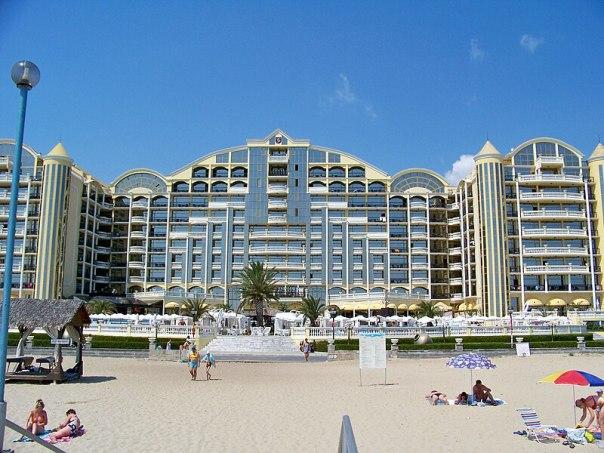 File:Bulgaria-Sunny Beach-02.jpg