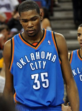 English: Kevin Durant of the Oklahoma City Thu...