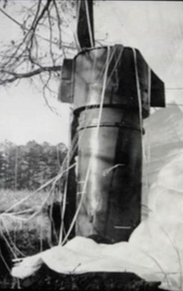 File:Goldsboro Mk 39 Bomb 1-close-up.jpeg