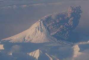 Pyroclastic flow eruption of Kizimen in Decemb...